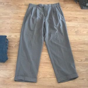 IZOD Pants Size 34 / 30 Great Condition